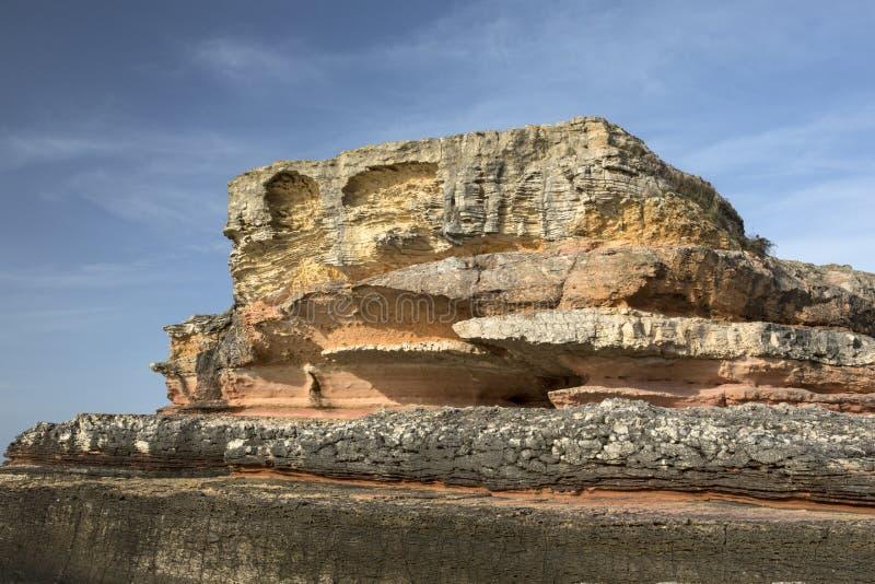 Roze rotsen in Kefken, Kocaeli stock afbeeldingen