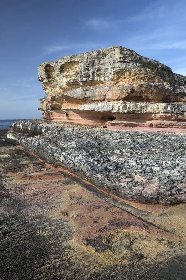 Roze rotsen in Kefken stock foto