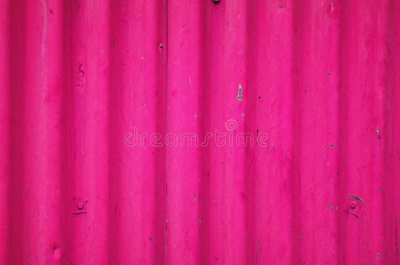 Roze uitstekend roestig metaal, ontwerp van de achtergrondblad het magenta textuur royalty-vrije stock foto's