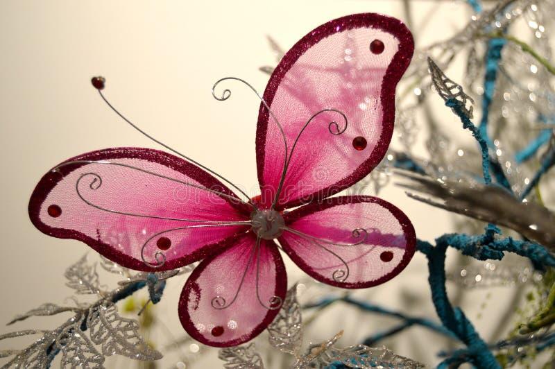 Roze vlinder royalty-vrije stock afbeeldingen