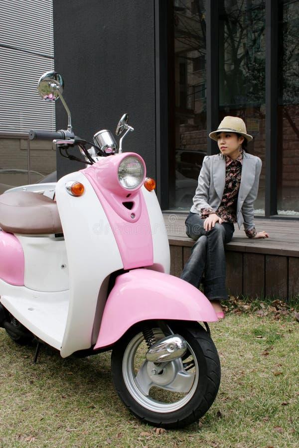 Roze wielen stock afbeelding
