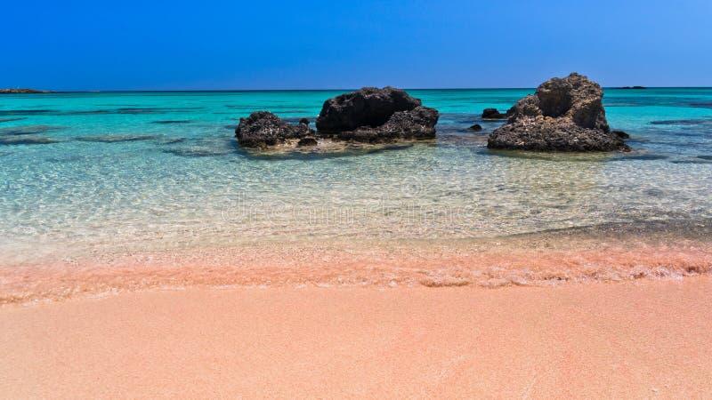 Roze zand van het Elafonissi-strand, Eiland Kreta royalty-vrije stock foto's