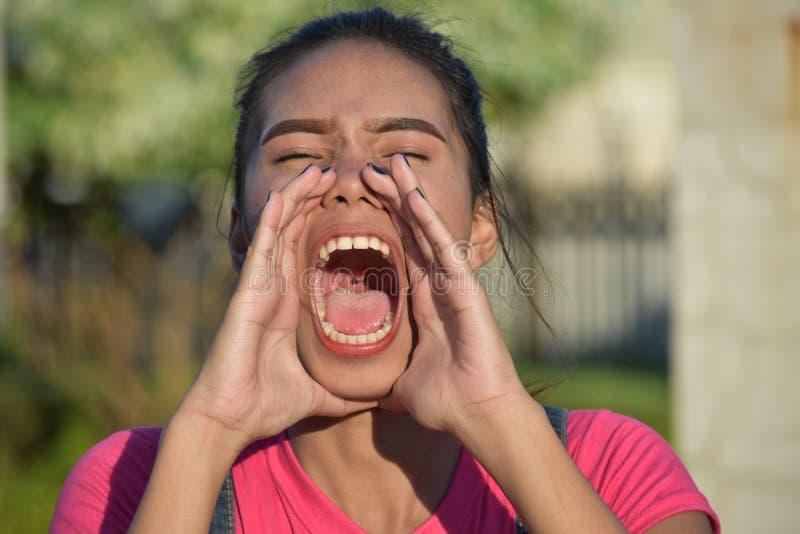 Rozkrzyczana Młoda filipinka kobieta fotografia royalty free