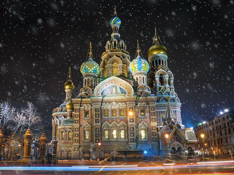 rozlewający krwionośny kościelny wybawiciel St Petersburg zdjęcia stock