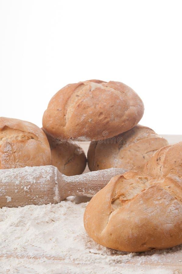 Rozmaitość świeży chleb i rolki zdjęcie royalty free