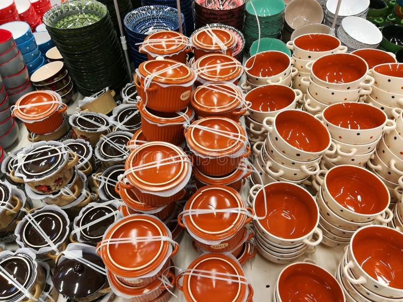 Rozmaitość kolorów puchary dla polewki zdjęcia stock