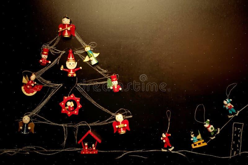 Rozochocona kartka bożonarodzeniowa, drzewo i narciarki, blank fotografia stock