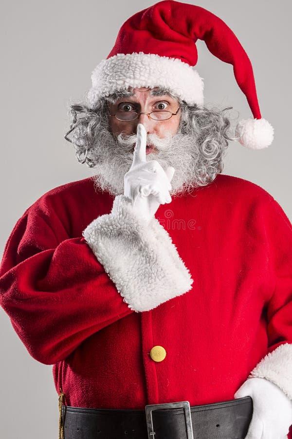 Rozochocony śmieszny tradycyjny Santa Claus obrazy stock