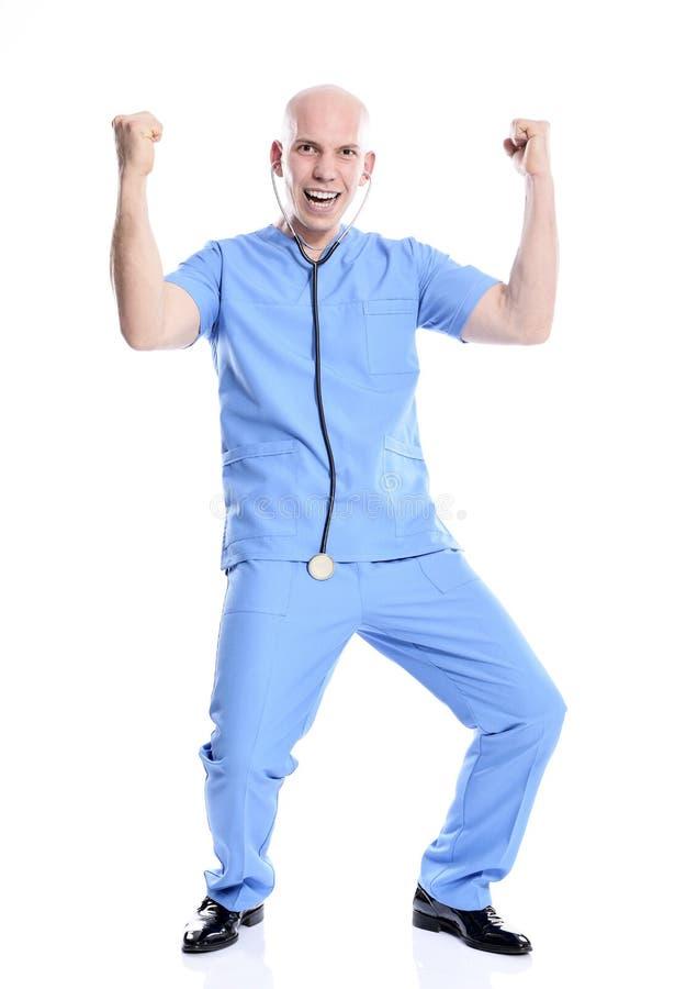 Rozochocony szczęśliwy medyczny pielęgniarka mężczyzna odizolowywający obraz stock