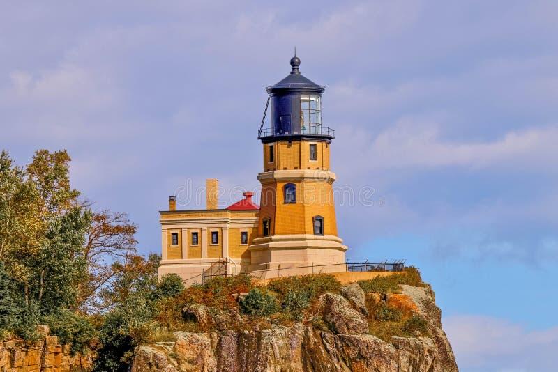 Rozszczepiona Rockowa latarnia morska w Północnym Minnestoa, punkt zwrotny, podróż, architektura, miejsce przeznaczenia zdjęcie stock