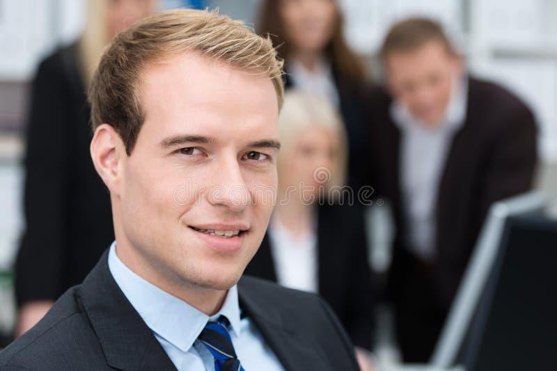 Rozważny przystojny dyrektor wykonawczy zdjęcia royalty free