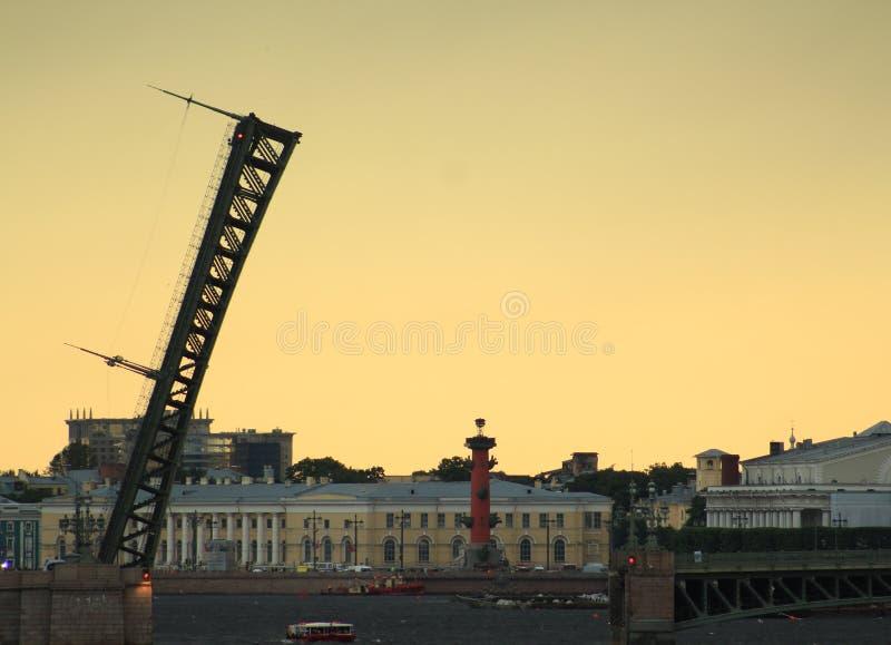 Rozwiedziony trójca most obrazy royalty free