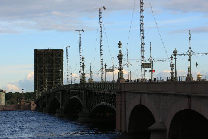 Rozwiedziony trójca most obraz royalty free