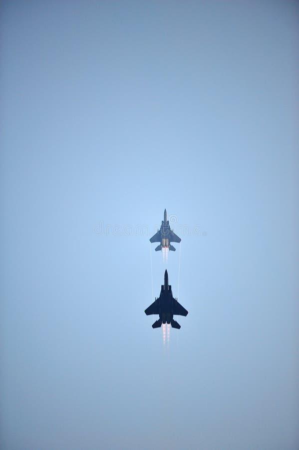 Download RSAF F-15SG Que Alcanç A Manobra Durante NDP 2012 Imagem de Stock Editorial - Imagem de evento, alcance: 26521829