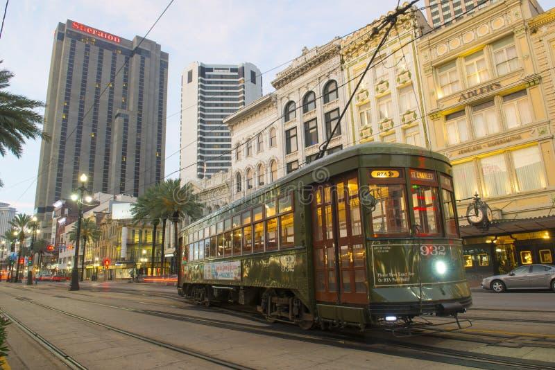 RTA-spårvagnSt Charles Line i New Orleans arkivbild