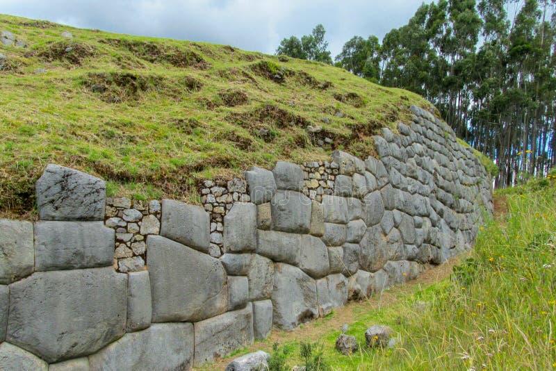 Ruína da cidade do inca de Sacsayhuaman imagem de stock