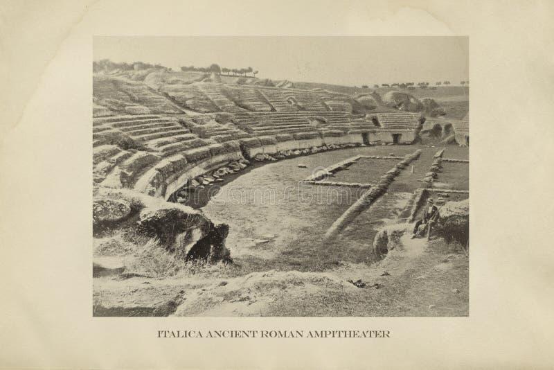 Ruína Italica de Roman Amphitheater, Sevilha, Espanha fotos de stock royalty free