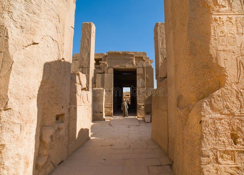 Ruínas antigas de Karnak em Luxor fotos de stock royalty free