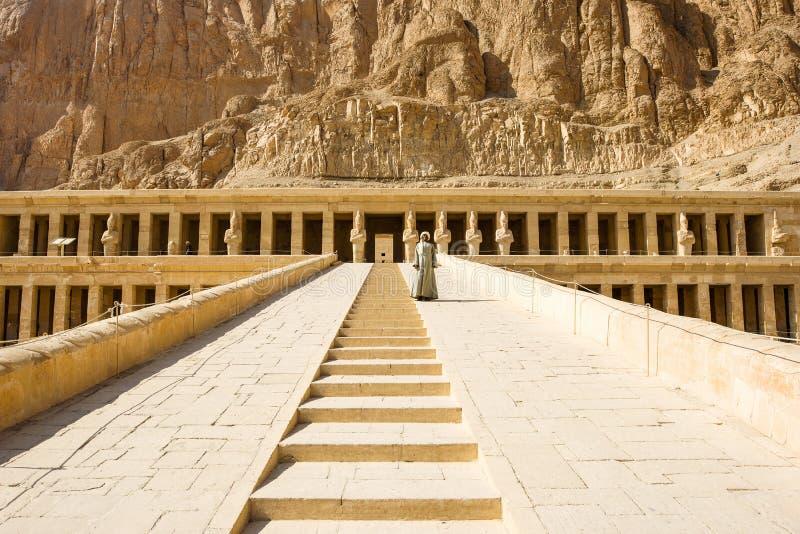 Ruínas antigas do grande templo de Hatshepsut fotografia de stock royalty free