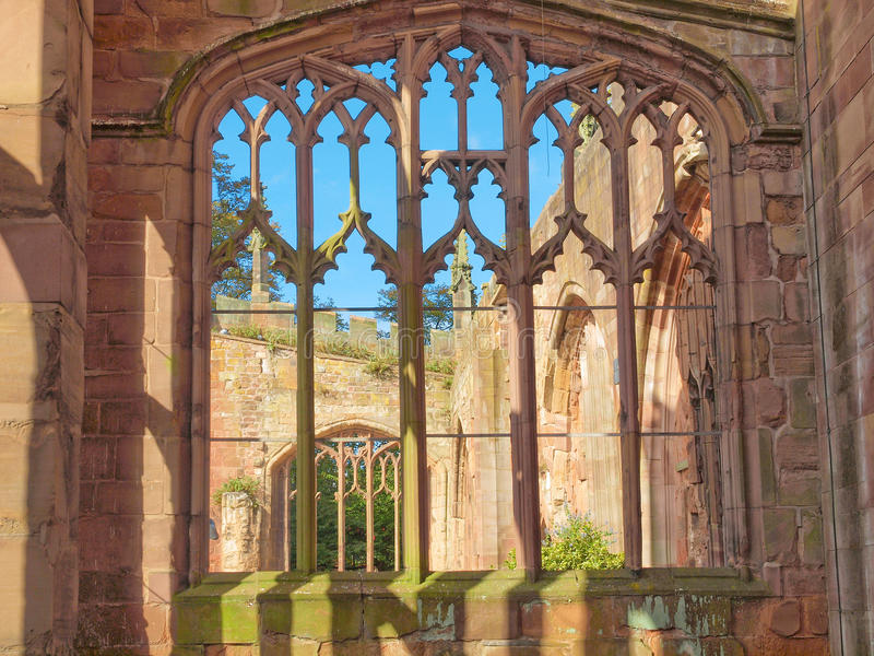 Ruínas da catedral de Coventry fotos de stock royalty free