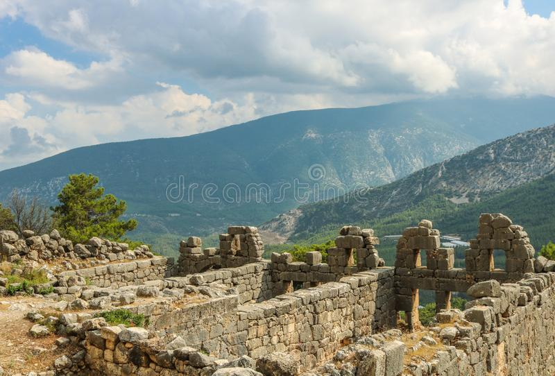 Ruínas da cidade antiga de Arykanda Perto de Antalya, Turquia imagens de stock royalty free
