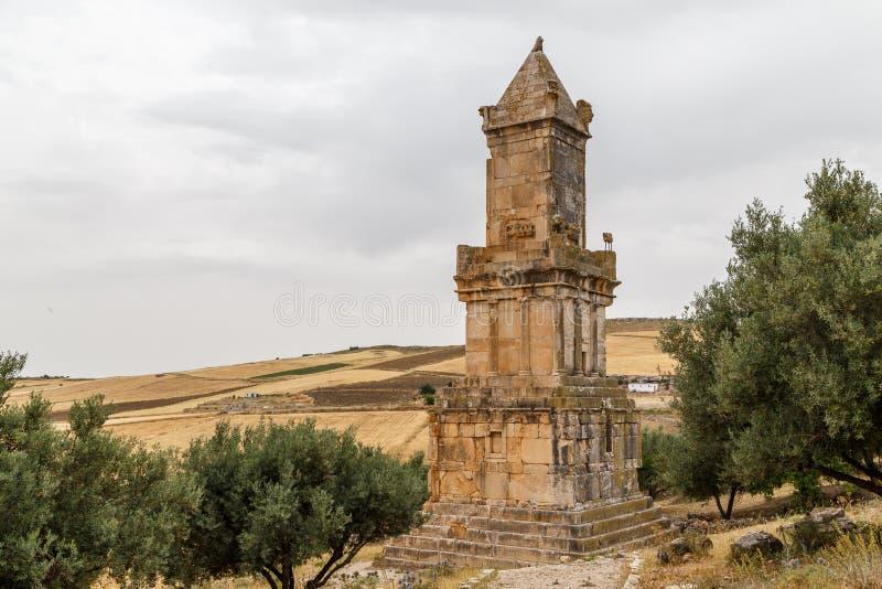 Ruínas da cidade antiga de Dougga Thugga, local da herança do UNESCO imagens de stock