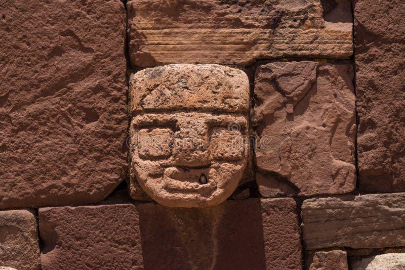 Ruínas da cidade antiga de Tiwanaku, Bolívia imagens de stock