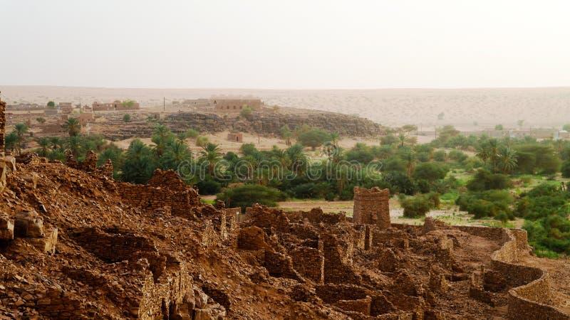 Ruínas da fortaleza de Ouadane em Sahara, Mauritânia foto de stock royalty free
