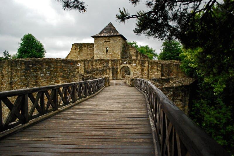 Ruínas da fortaleza de Suceava fotografia de stock