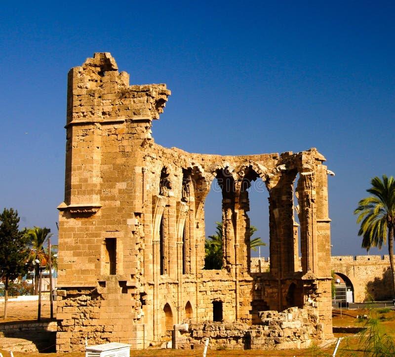 Ruínas da igreja de St George dos latins, Famagusta, Chipre imagem de stock