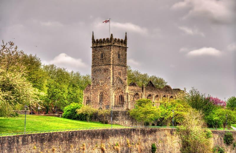 Ruínas da igreja de St Peter em Bristol fotografia de stock royalty free