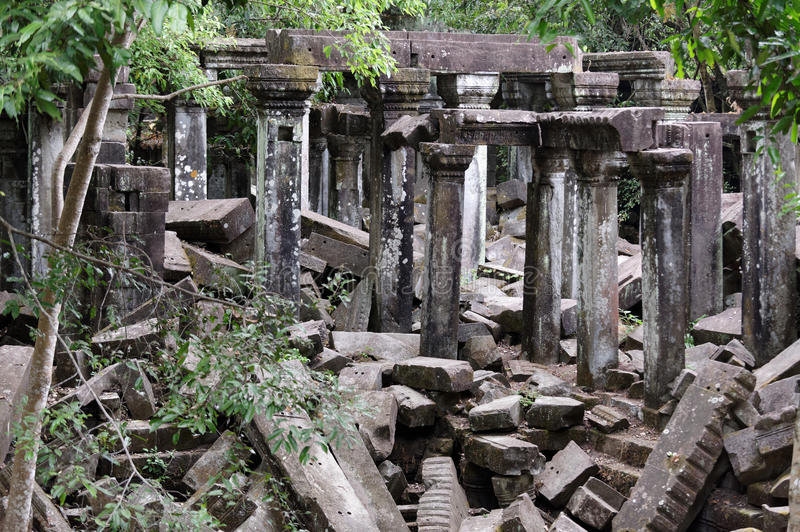 Ruínas da pedra de Beng Mealea Temple, Angkor Wat, Camboja fotografia de stock