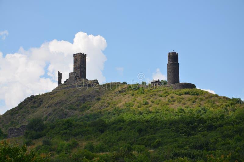 Ruínas das torres velhas imagem de stock
