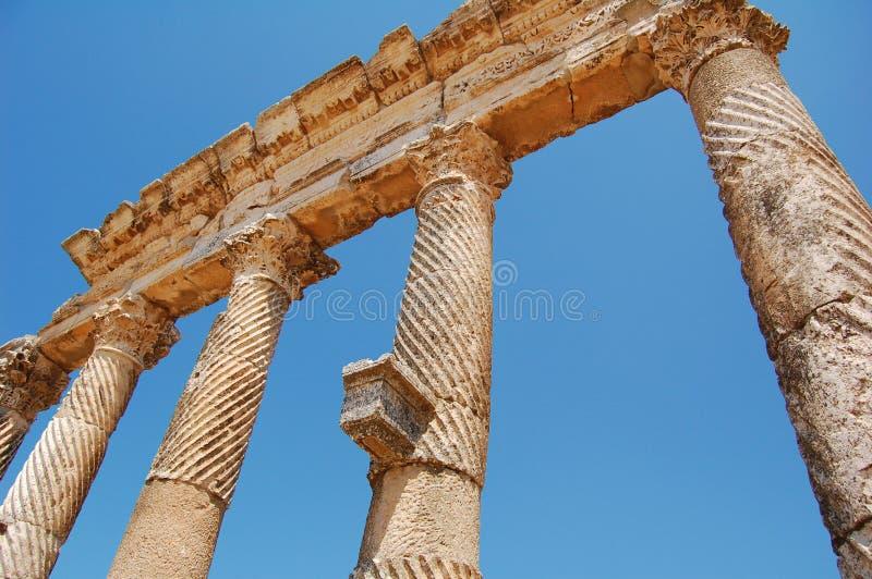 Ruínas de Aphamia, Syria imagem de stock royalty free