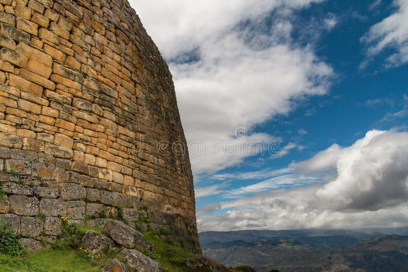 Ruínas de Kuelap na região de amazon de Peru fotos de stock royalty free