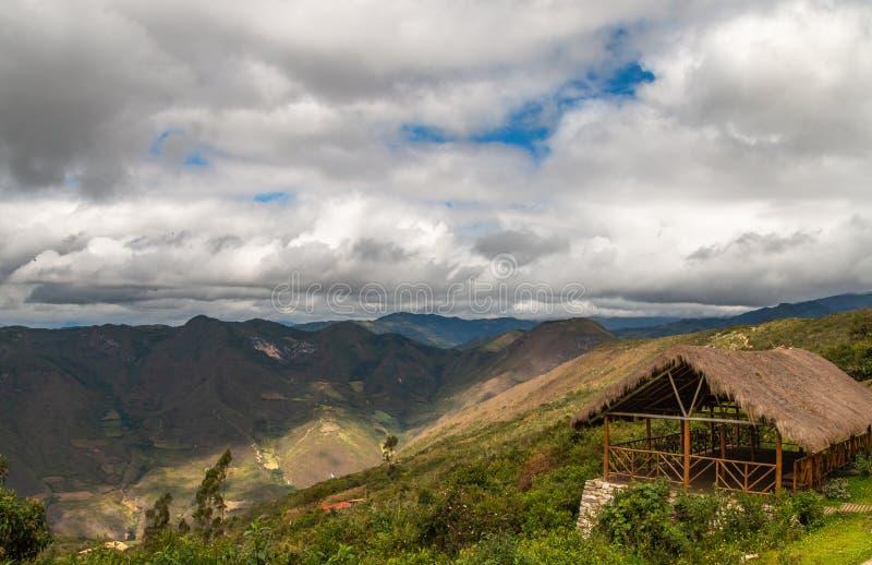 Ruínas de Kuelap na região peru dos chachapoyas fotos de stock royalty free