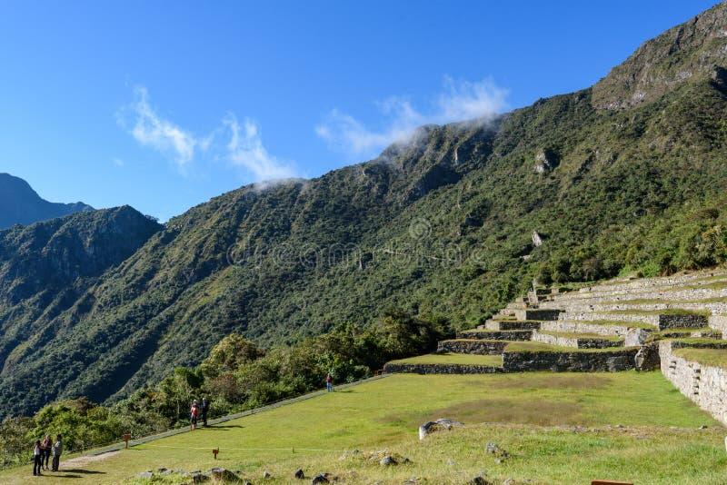 Ruínas de Machu Picchu em Sunny Day brilhante foto de stock royalty free
