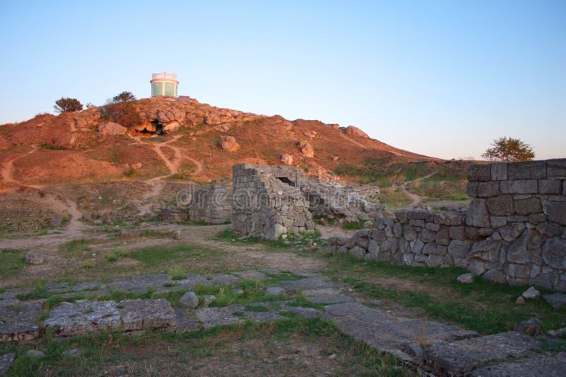 Ruínas de Pantikapey antigo em Kerch; Ucrânia imagens de stock royalty free