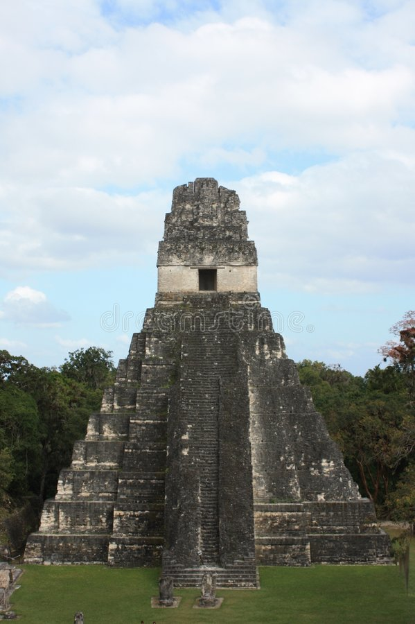 Ruínas de Tikal fotografia de stock