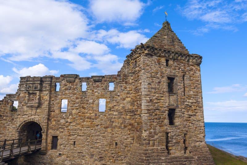 Ruínas do castelo do St Andrews imagem de stock