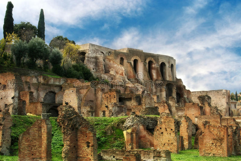 Ruínas do fórum romano, Roma, Italy imagem de stock royalty free