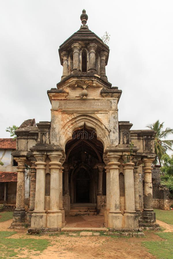 Ruínas do Mantri Manai ou Manthiri Manai - Jaffna - Sri Lanka foto de stock royalty free