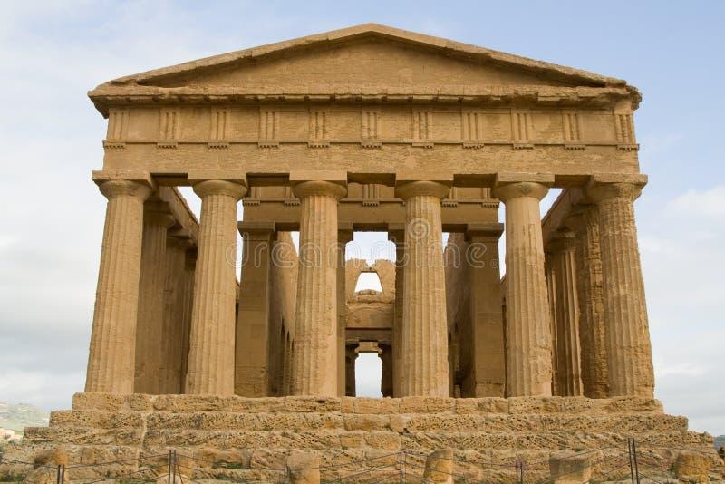 Ruínas do templo da concórdia em Agrigento. imagens de stock royalty free