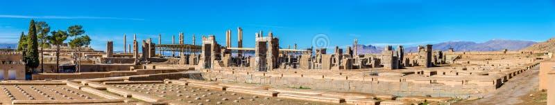 Ruínas do Tesouraria imperial em Persepolis, Irã imagem de stock royalty free