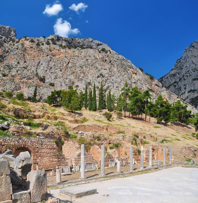Ruínas dos gregos em Delphi fotografia de stock