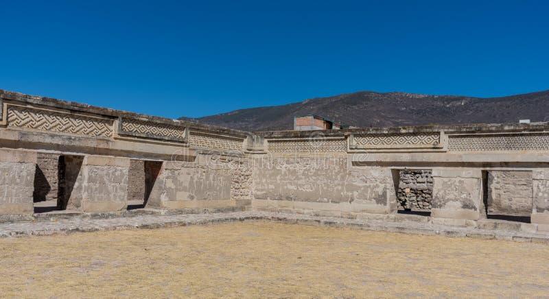 Ruínas em Mitla perto da cidade de Oaxaca Centro da cultura de Zapotec em México foto de stock