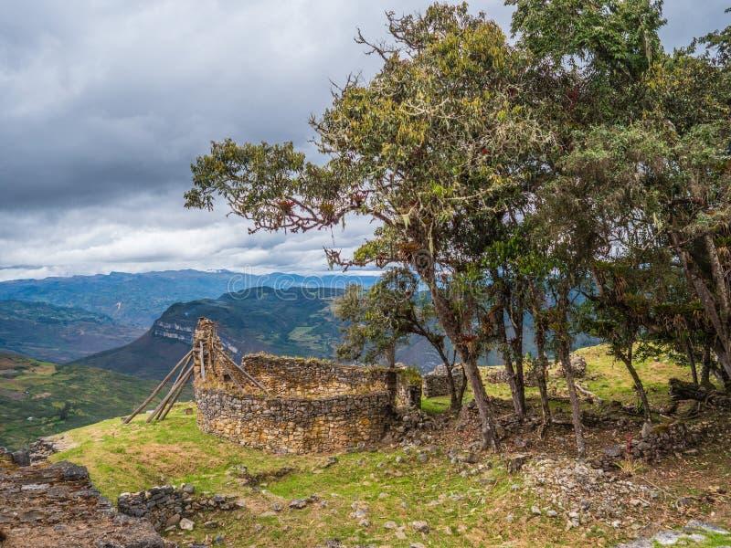 Ruínas famosas de Kuelap, Peru fotografia de stock royalty free