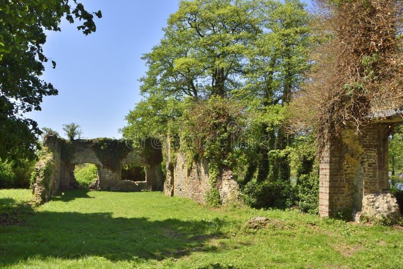 Ruínas históricas da casa de campo de East Anglia fotos de stock royalty free