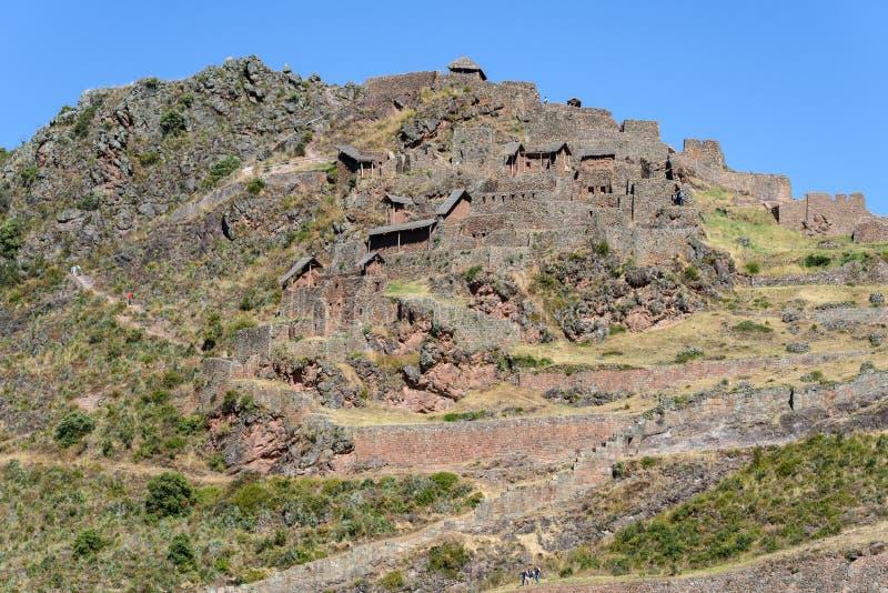 Ruínas Incan em Pisac, Peru fotografia de stock