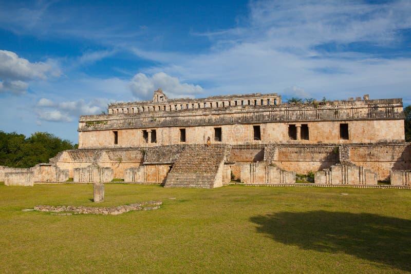 Ruínas majestosas de Kabah, México fotografia de stock royalty free